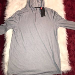 Under Armour 1/4 zip top Hoodie Size M NWT